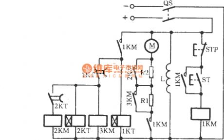 DC motor start circuit controlled by the time relay
