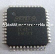 EPM7064TC44-7 Picture